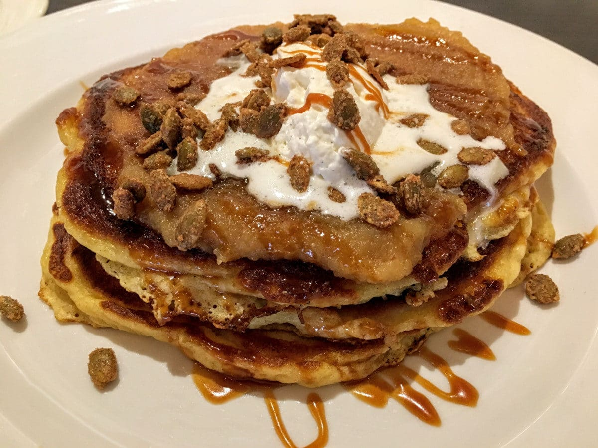 rogue-valley-larks-pancakes-brunch