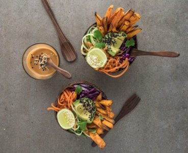 photo of bowls of plant based food at best healthy restaurants in portland
