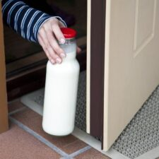 Milk Home Delivery